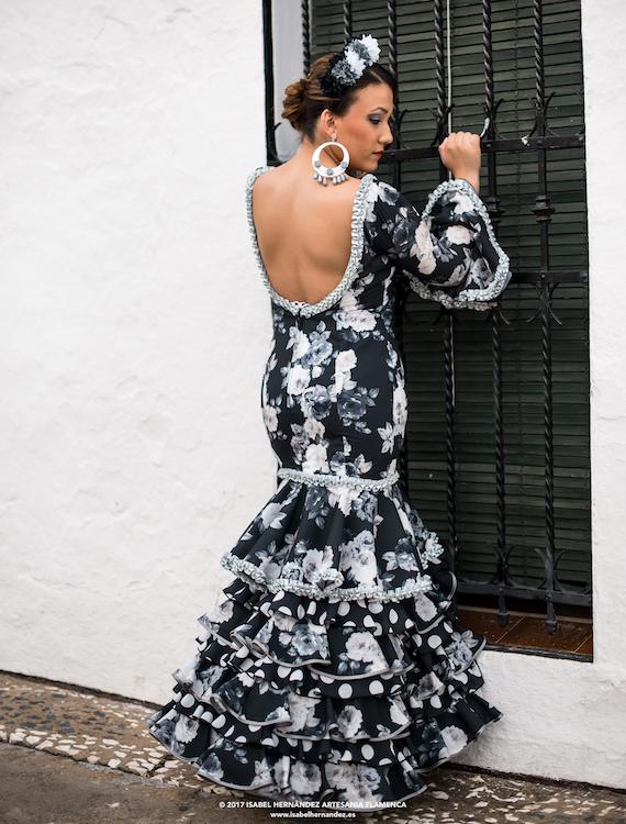 Isabel Hernandez-modelo-luna-3