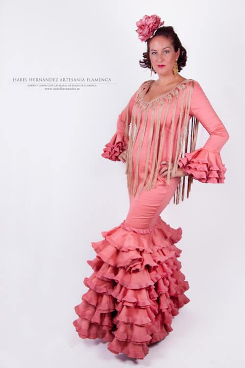 Isabel_Hernandez_trajes_raza1
