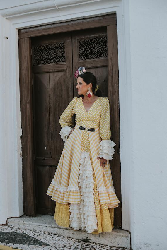 Trajes_de_flamenca_isabel_hernandez_modelo_alcazar-11