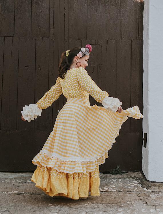 Trajes_de_flamenca_isabel_hernandez_modelo_alcazar