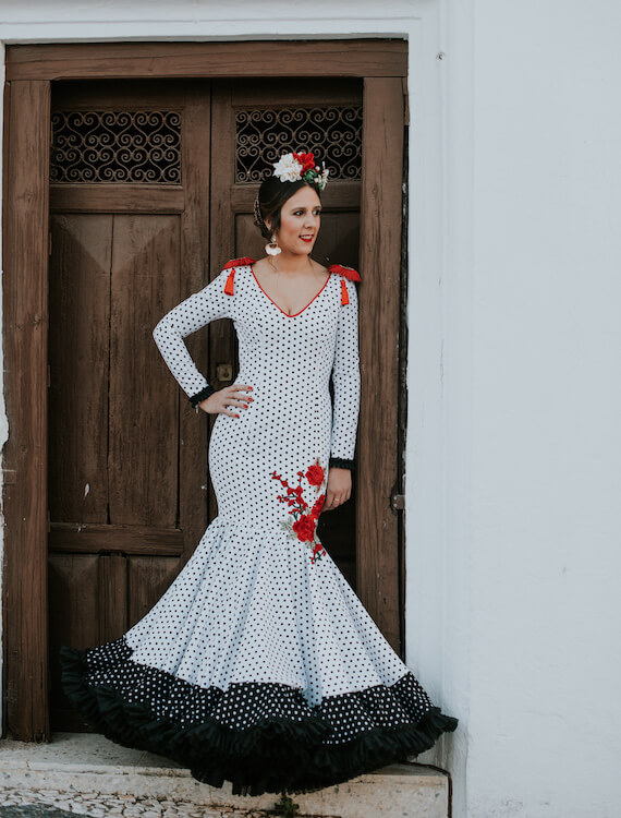 Trajes_de_flamenca_isabel_hernandez_modelo_alhambra-2