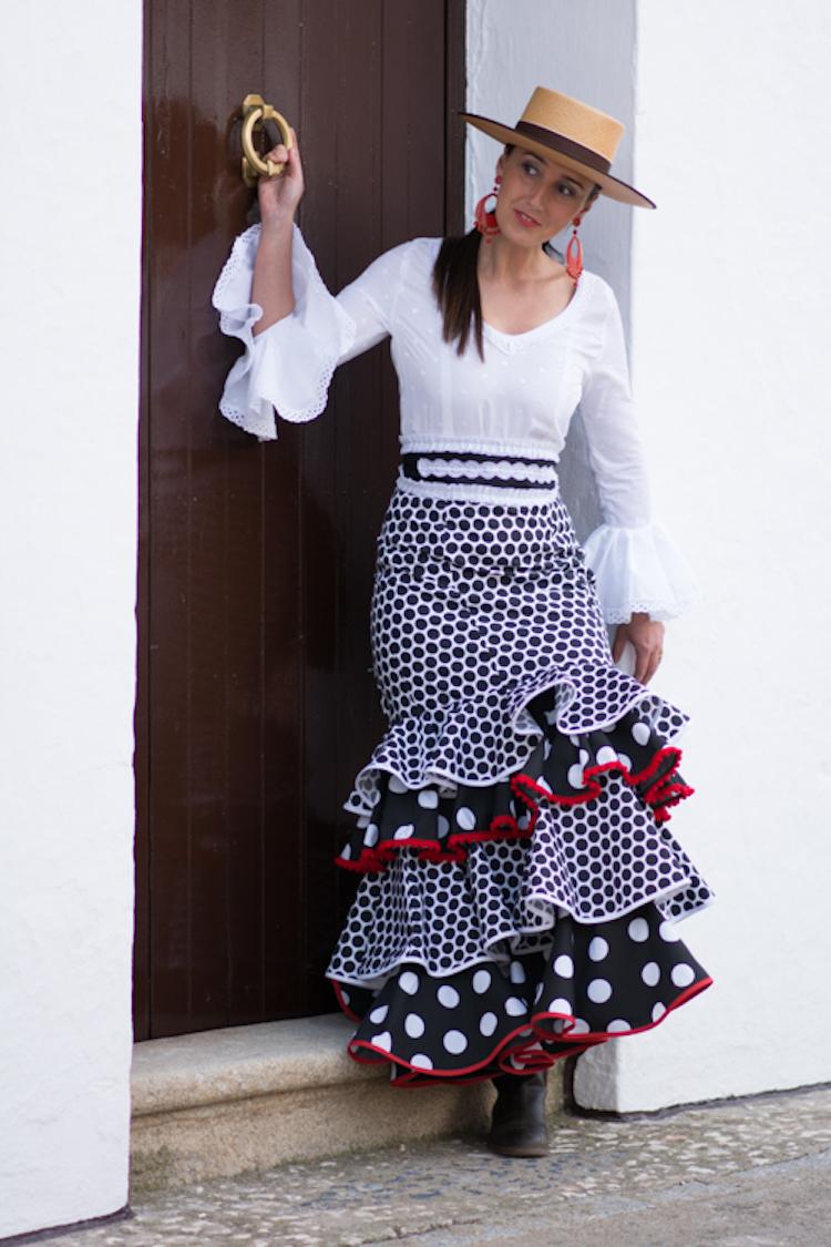 28d22d8b5 Faldas Flamencas Baratas | Wig Elegance